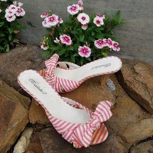 Breckelle's Pink Heel Sandles size 7